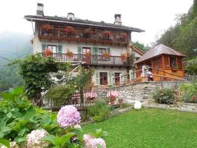 alagna ski lodge estate