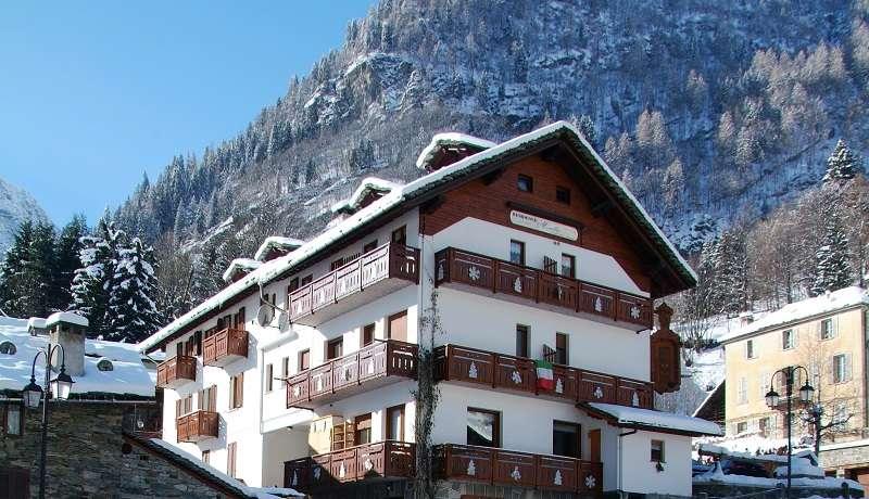 Residence Mirella Alagna